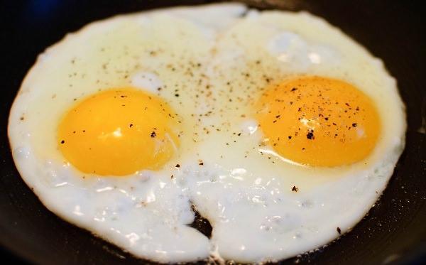 яичница-глазунья