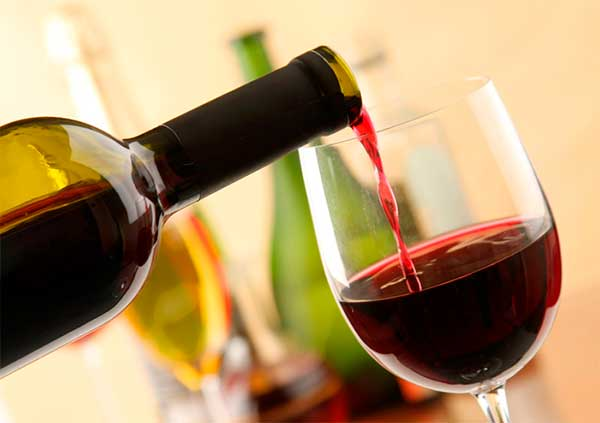 http://natureweight.ru/wp-content/uploads/2015/12/red-wine-2.jpg