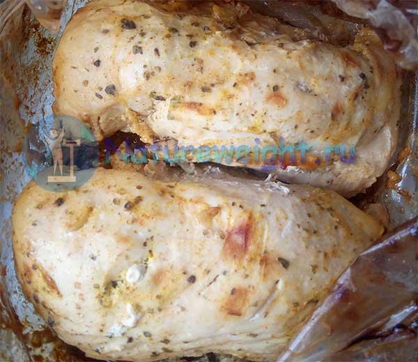 запеченное в духовке куриное филе