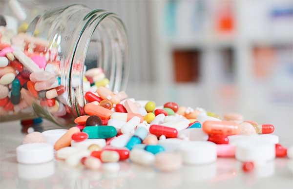 таблетки с склянке
