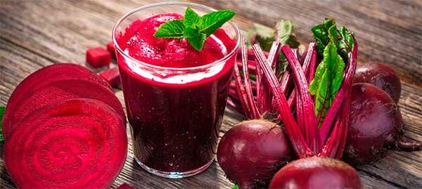 Яркие полезные свойства свекольного сока и его строгие противопоказания