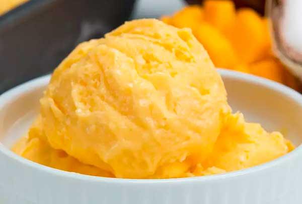 4 самых удачных рецепта домашнего мороженого из йогурта
