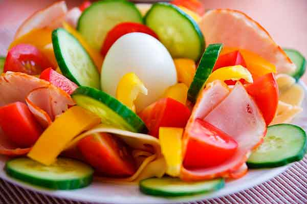 яйцо и овощи