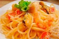 спагетти морепродуктами