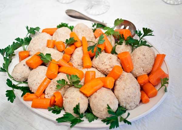 Фрикадельки с морковкой