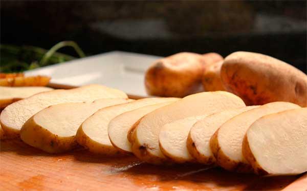 Польза и вред картофельного сока: как и зачем принимать при гастрите