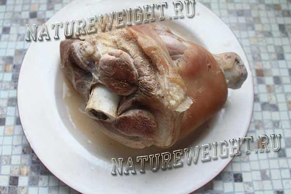 вареный кусок мяса