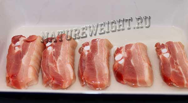 куски свинины
