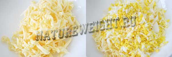 подготовка сыра и яиц