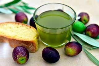 зеленое оливковое масло