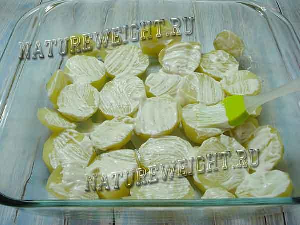 картошка под соусом