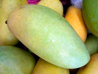 зеленое манго