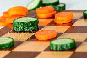 огурцы и морковка