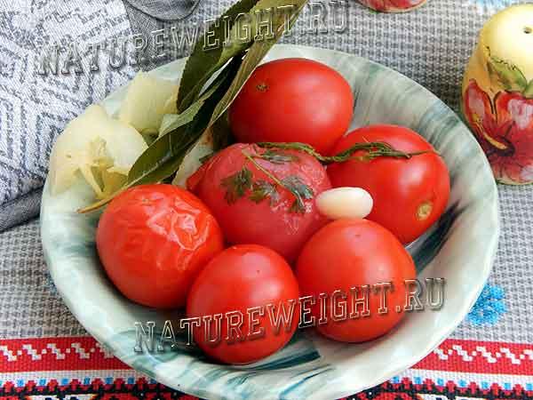 быстрые малосольные помидоры