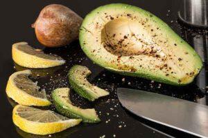 порезанный авокадо
