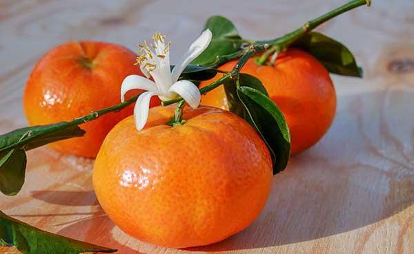 мандарины с цветочком