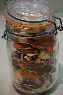 сушеные корки цитруса