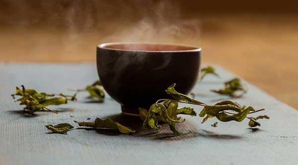 чашечка горячего чая