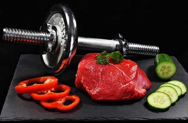 мяса и гантеля