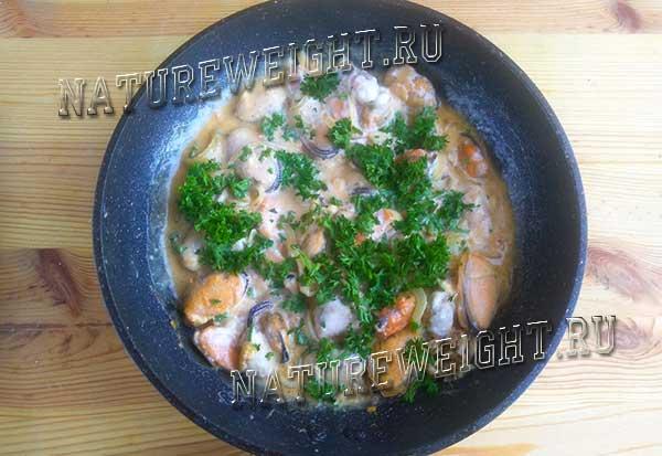 морепродукты с петрушкой